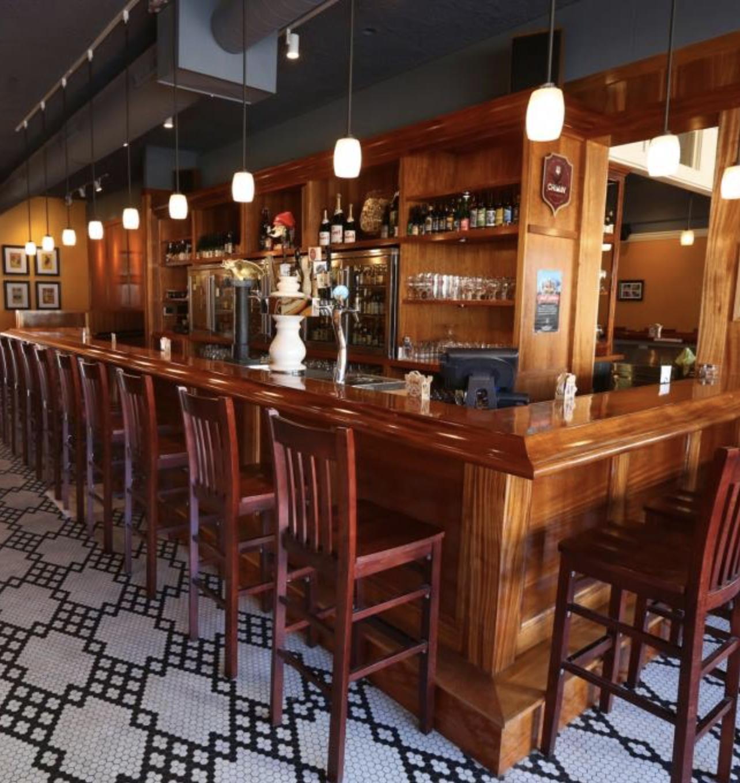 Brasserie V Bar